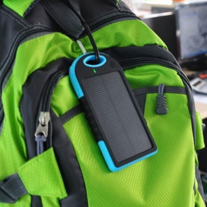 accessoires smartphones - chargeur solaire et powerbank 3