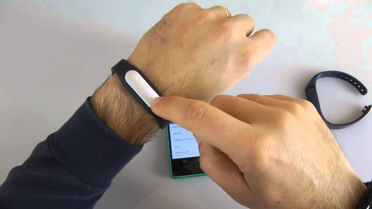 accessoire smartphone - bracelet bluetooth Xiaomi Mi Band 111