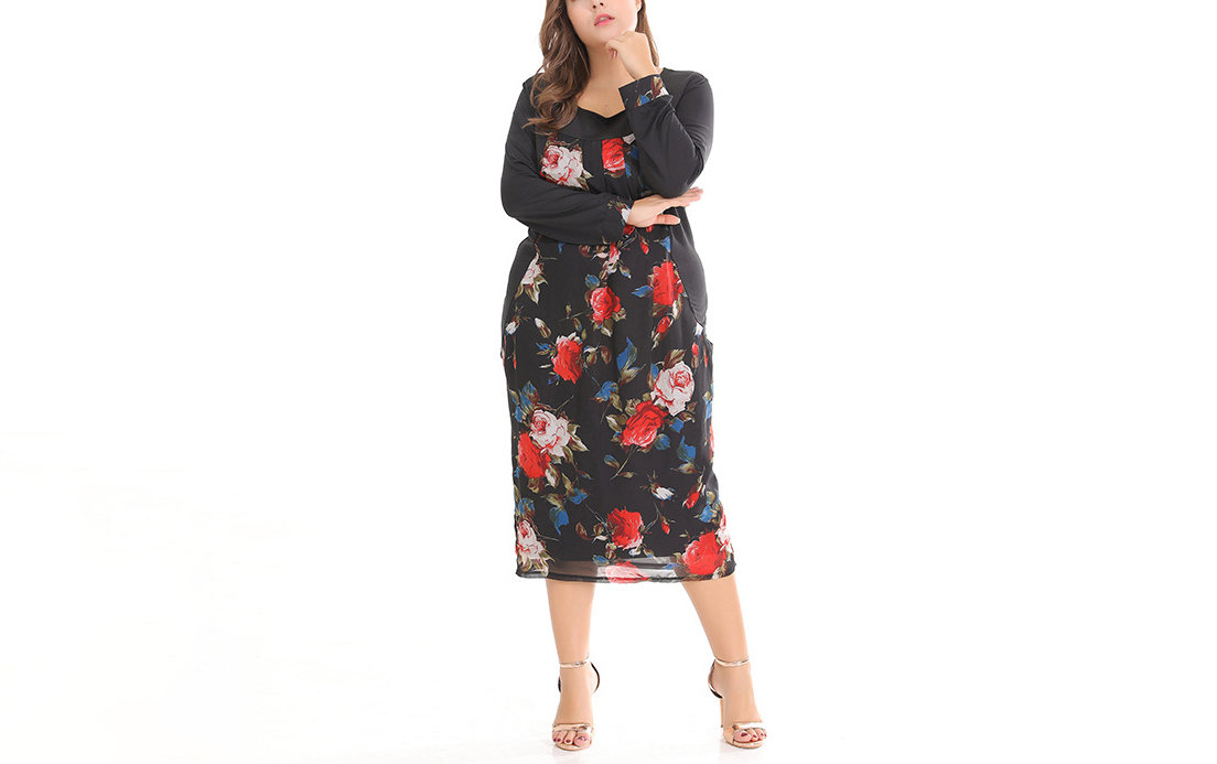 Plus Size Chiffon Cocktail Dress with Curved Seams