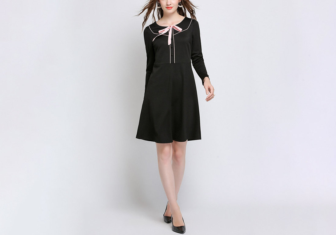 Feminine Work Dress with Pink Piping and Bow