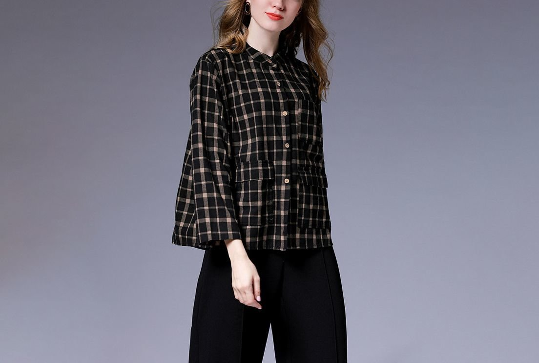 Plaid Top with Three of Pockets