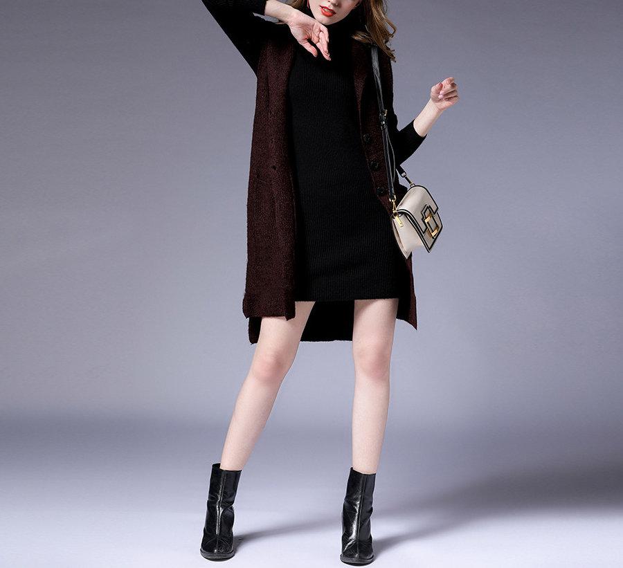 Sleeveless Knit Coat with Hood and Pockets
