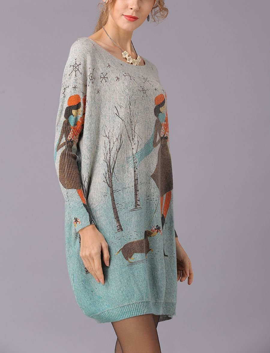 Oversized Knit Tunic Top with Print of Shopping Girl