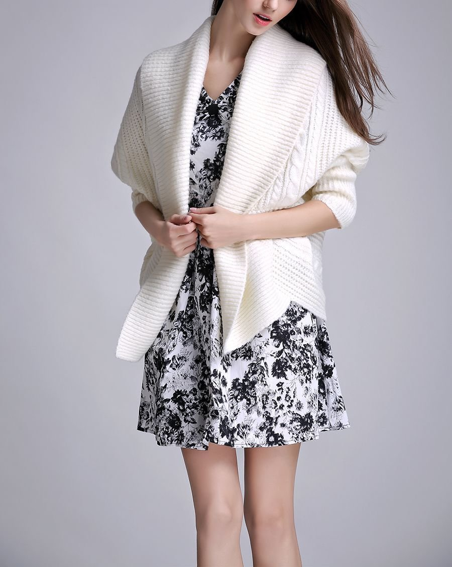 Cozy Knitted Cardigan Sweater with Long Sleeves
