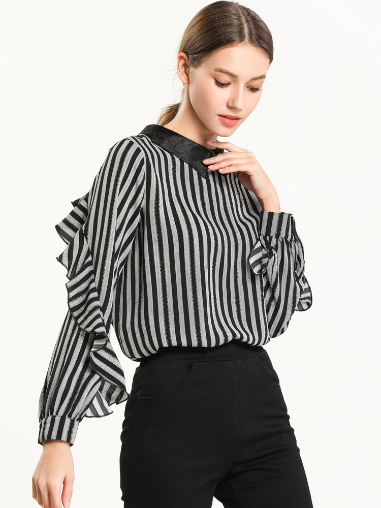 Chiffon Print Top with Ruffled Back and Sleeve Trim