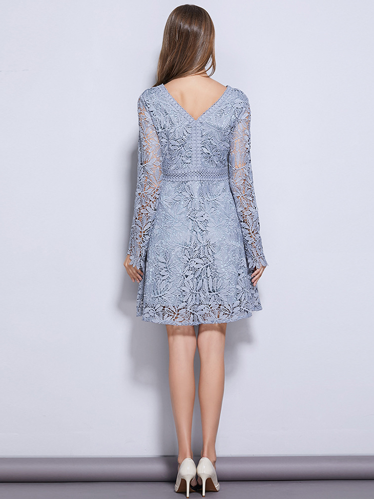 Floral Lace V-Neck Cocktail Dress