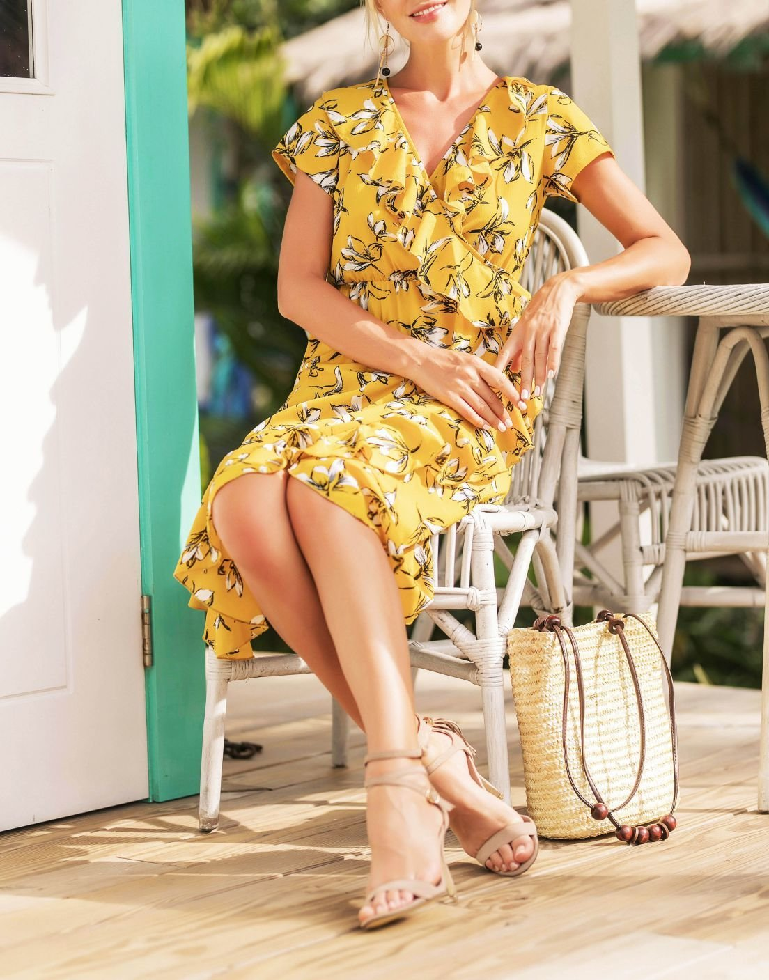 Floral Dress with Short Sleeves