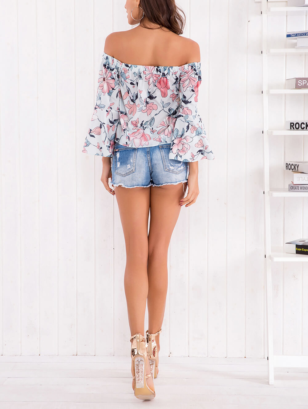 Summer Cropped Top in Pastel Floral Print