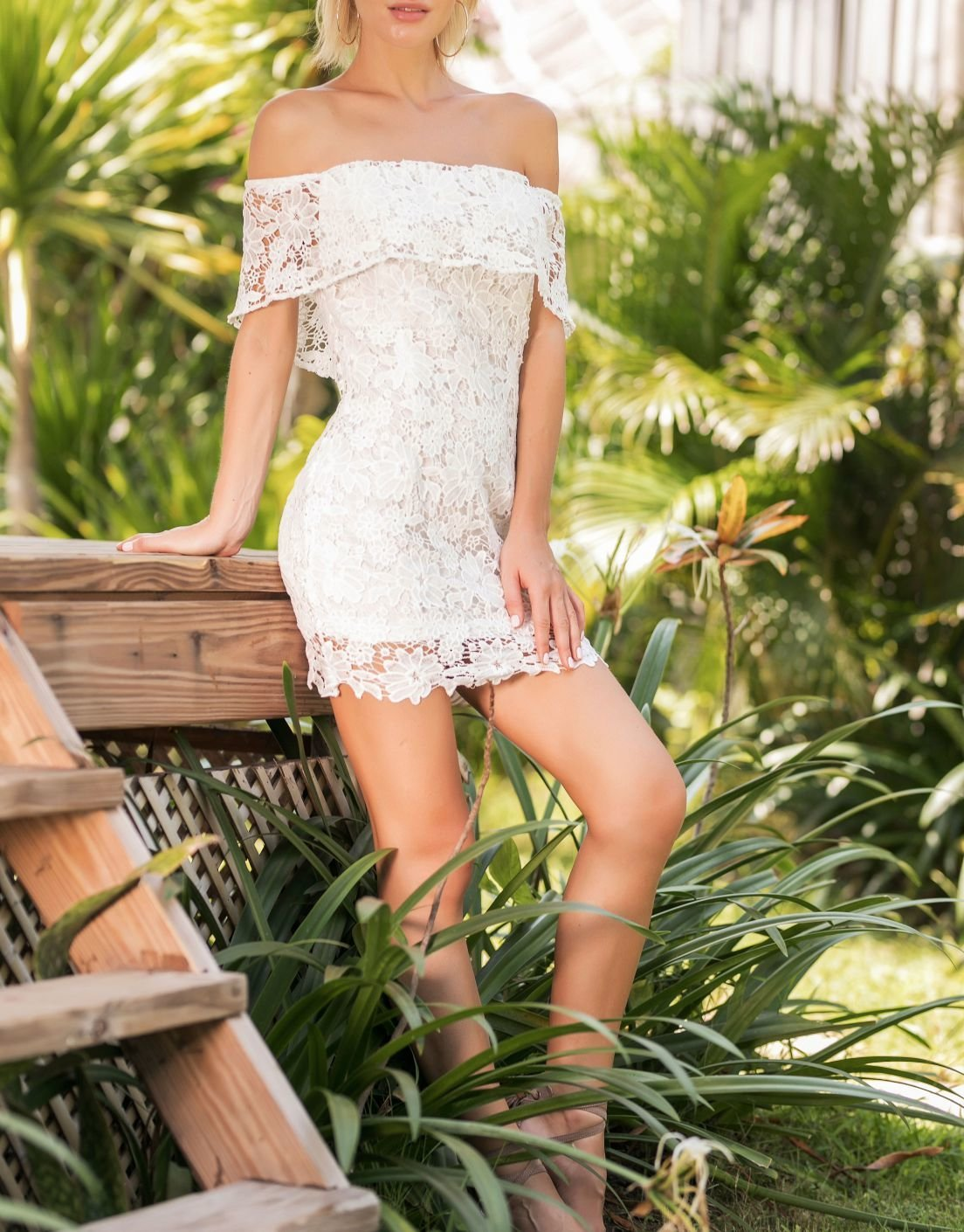 White Lace Strapless Dress with Off-Shoulder Short Sleeves