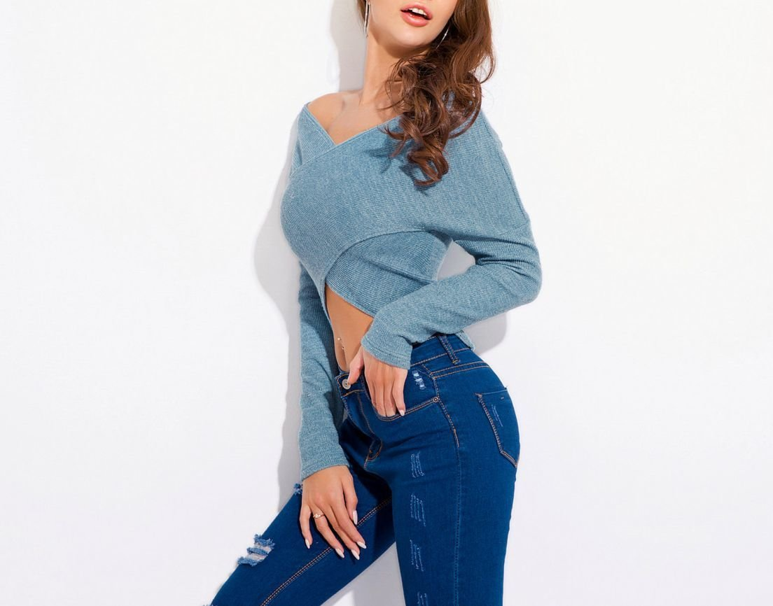 Chic Wrapped Pullover Top with V-Neck
