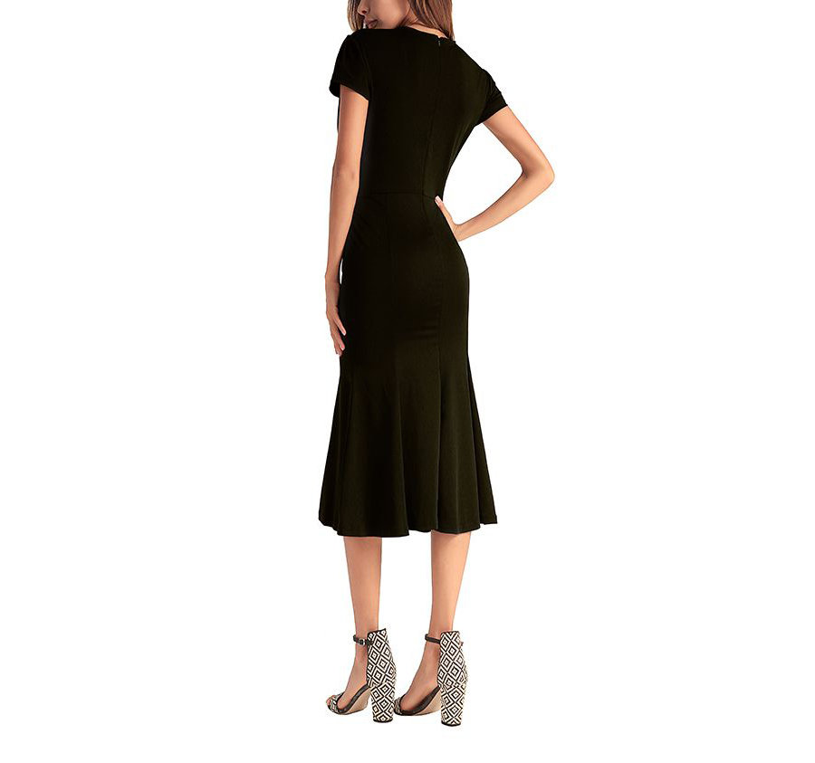Shapely Work Dress with Trumpet Skirt