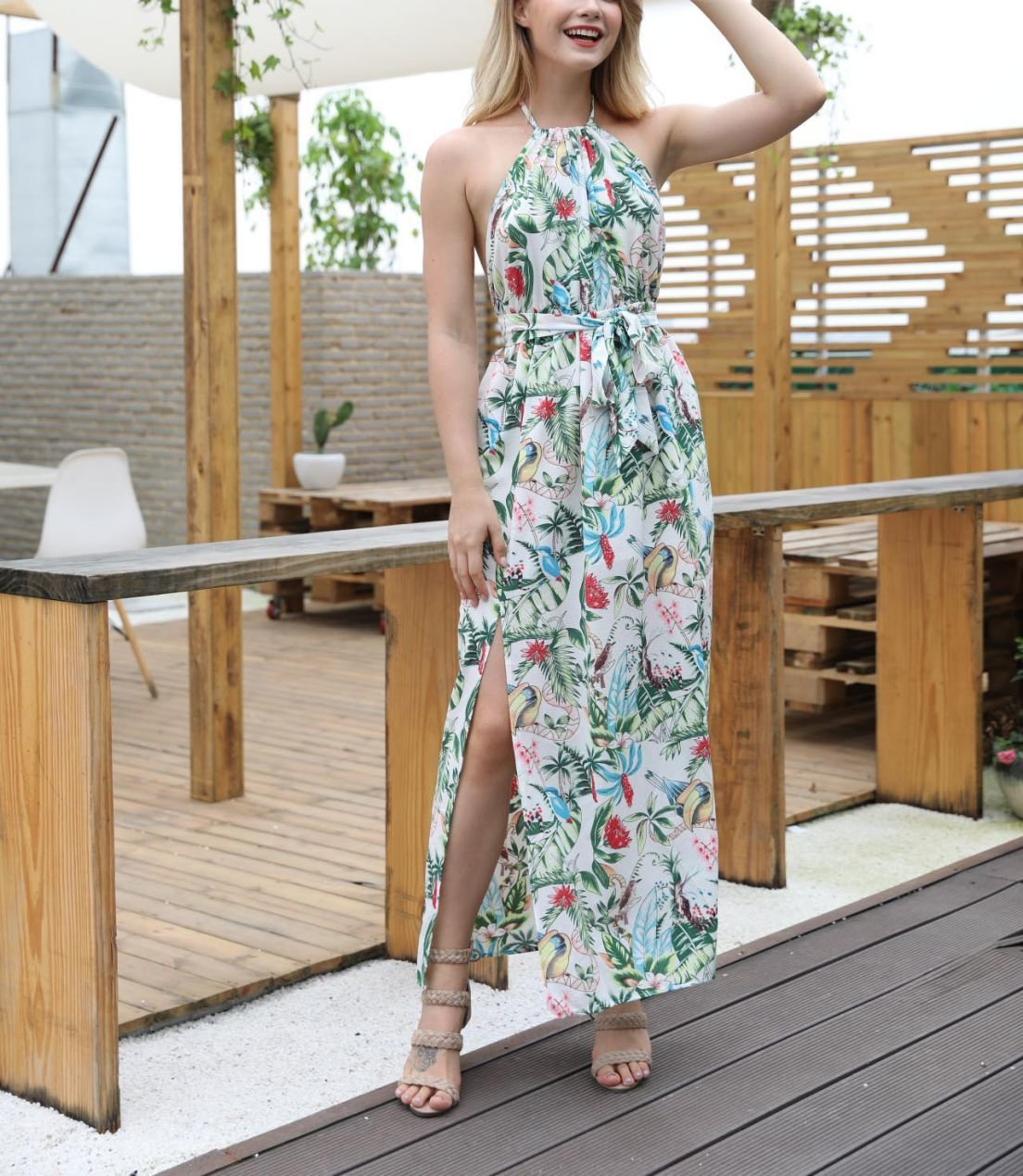 Backless Casual Dress in Tropical Print