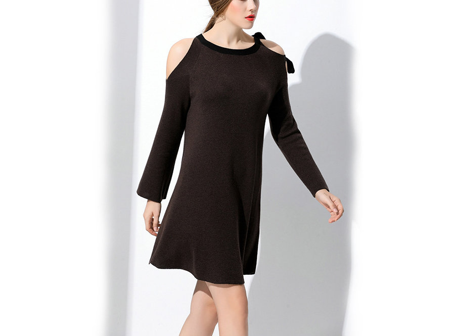 Wool Knit Casual Dress in Tent Style with Cold Shoulders