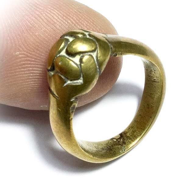 Magic ring of protection Luang Por Say Wat Tong Kung