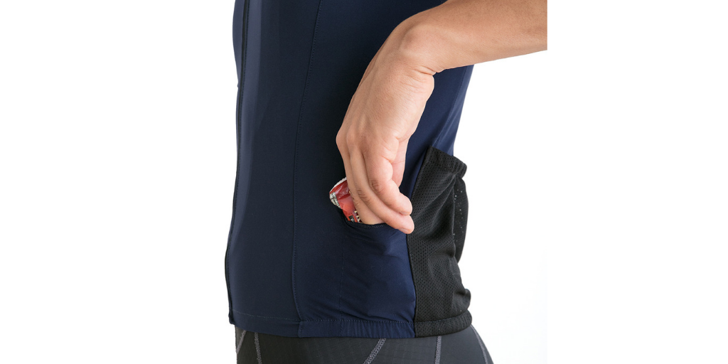 cycling jersey side dual pockets for fuel tools mp3 players. Safe and quick access