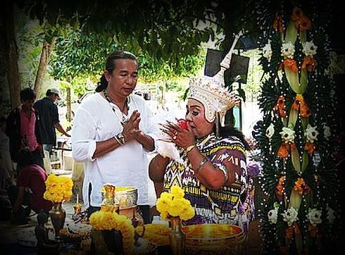 Manorah Wai Kroo Ceremony at Wat Nai Tao in Trang