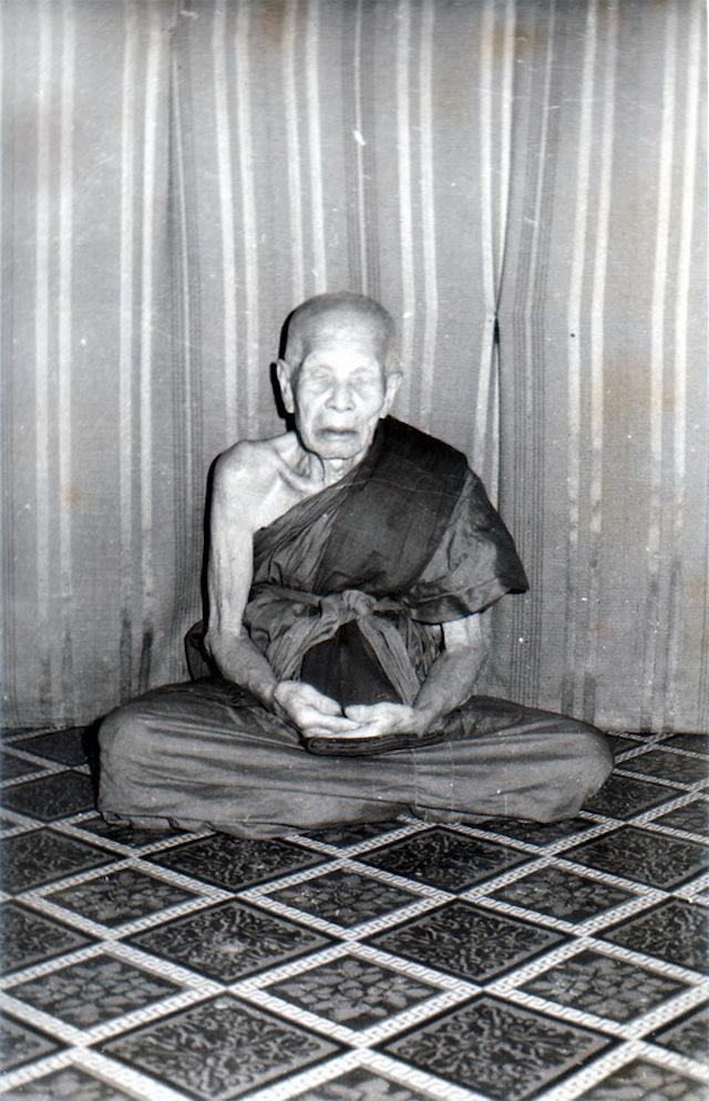 Luang Phu Kroo Ba Ban of Wat Mae Ya