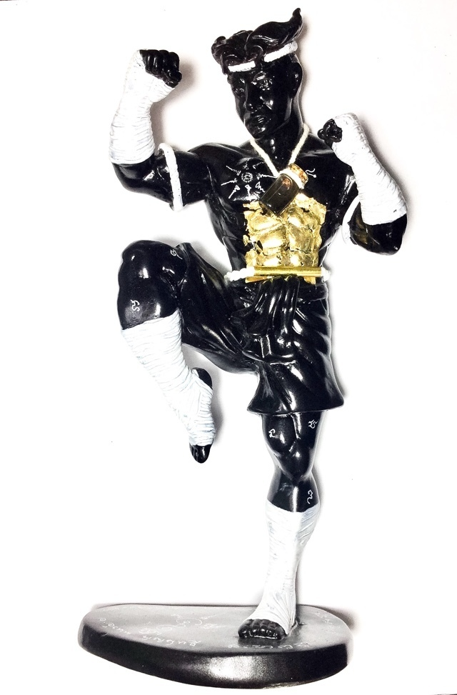 Nak Muay Bucha statue Ajarn Uten