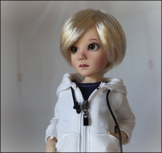 Qui va commander Lunette ou Lucas de Liz Frost ? Luk6_jpg