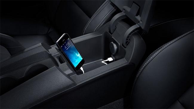 Toyota Prado MY14-MY15 Factory Audio Integrated Apple CarPlay & Android  Auto Integration pack