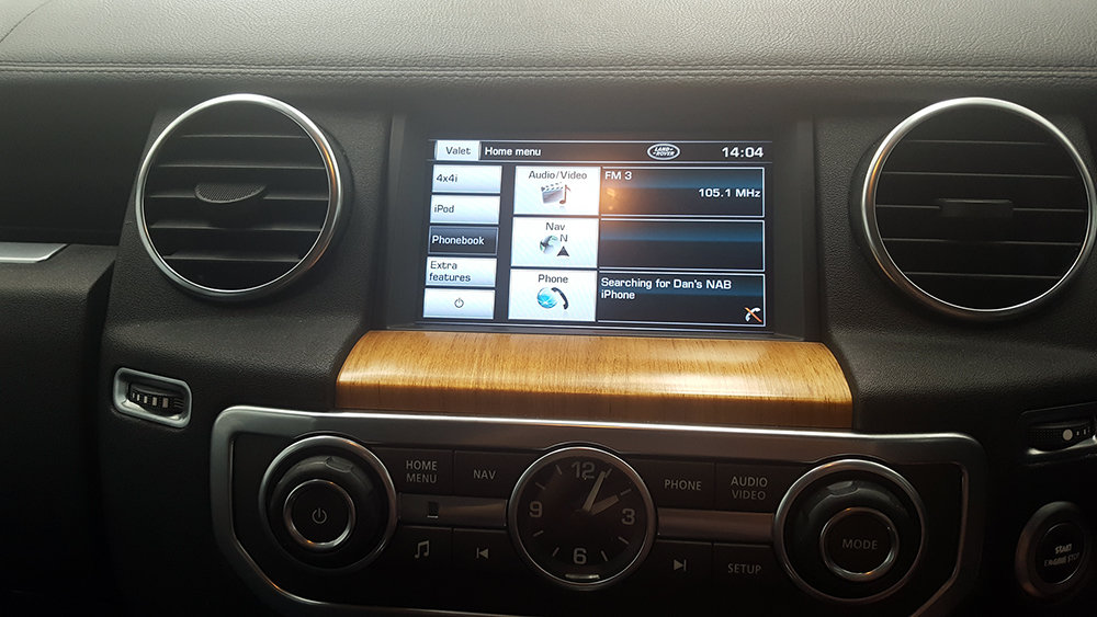 Land Rover Discovery 3 Factory Audio Integrated Smartphone MirrorLink /  AirPlay GPS system