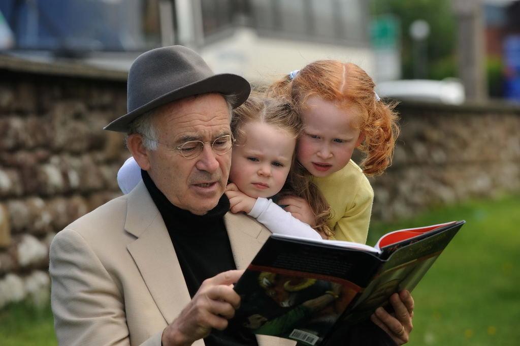 Batt Byrnes, Irish Story teller