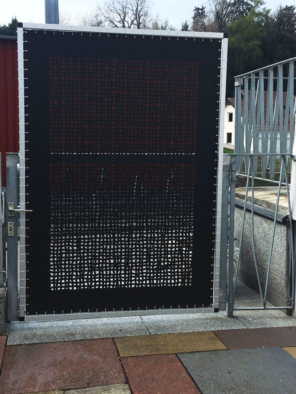 Der Nach Mass Gefertigte Aluminiumrahmen Als Sichtschutz