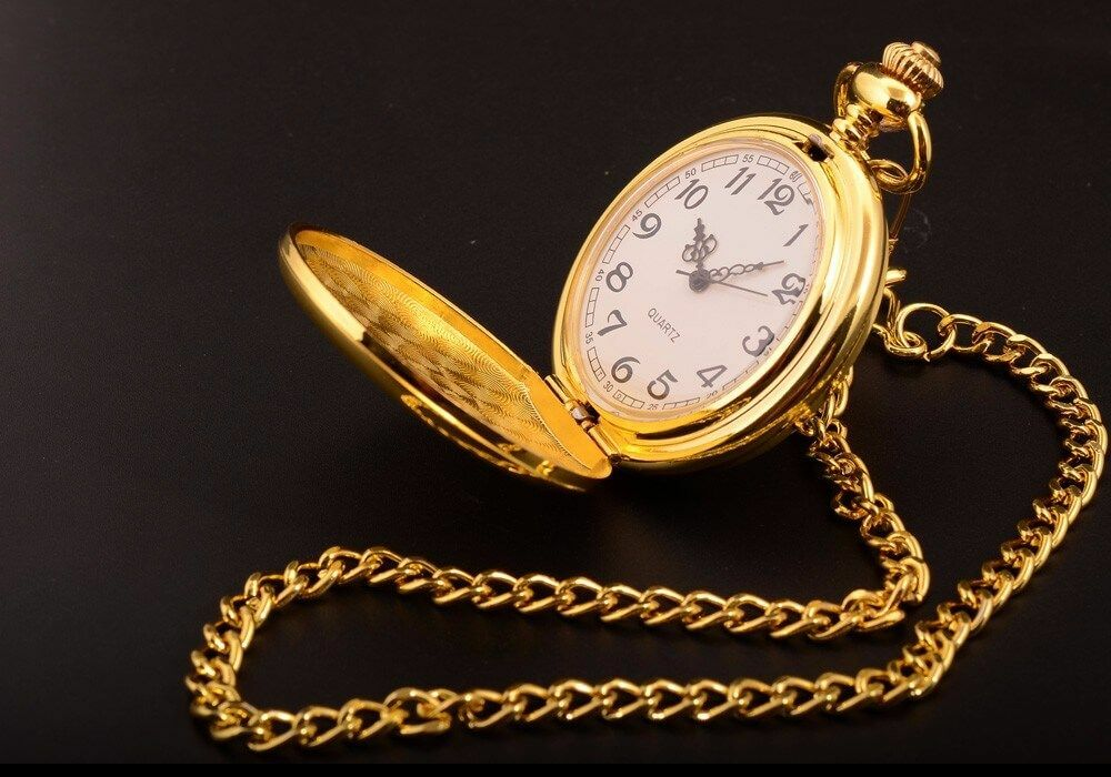 Classic Smooth Steel Pocket Watch - Gold