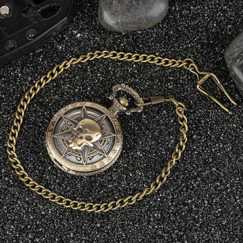 Gothic Rock Pocket Watch Skull Stars Skeleton Carving Pendant Chain Rebellious Gothic | moodTime