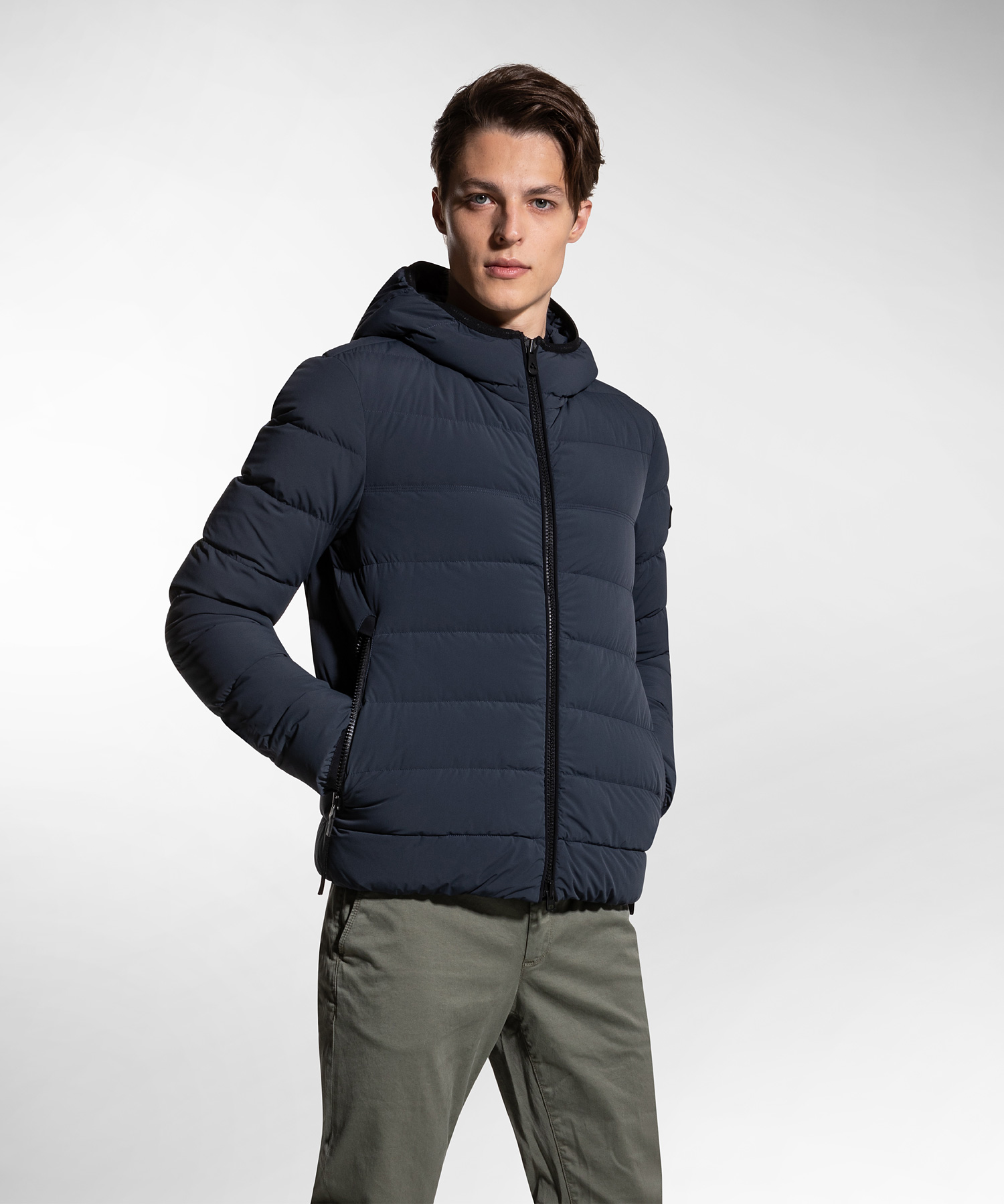NYLON AND JERSEY SLIM DOWN JACKET