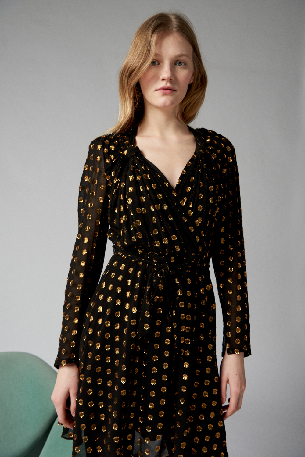 Black short dress with gold polka dots ANTIK BATIK | Dresses | DOVA1DREBLACK