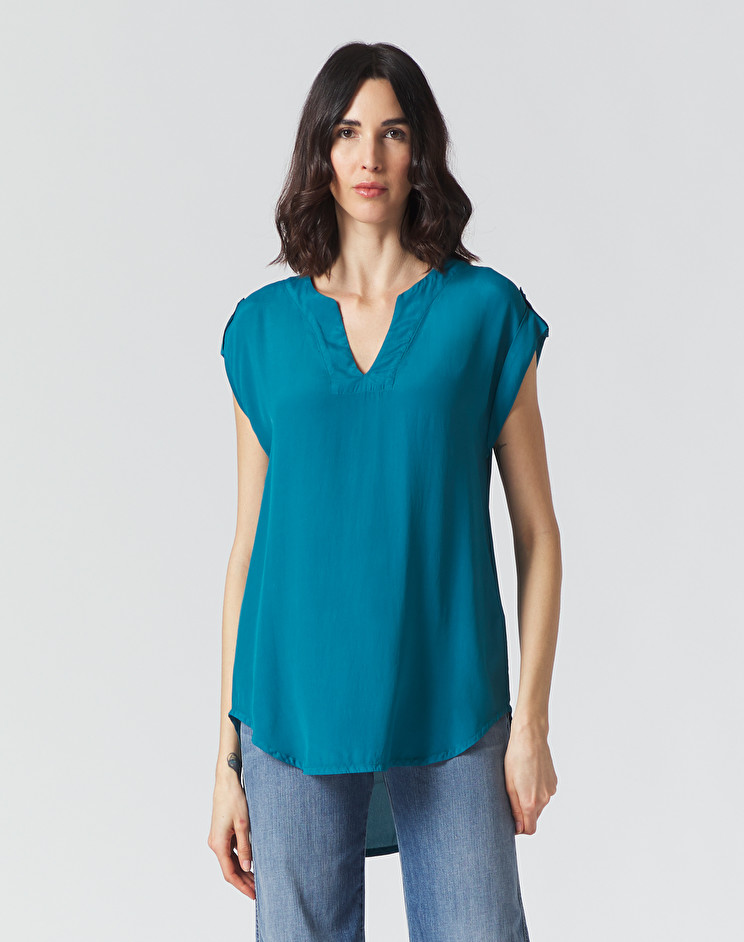 Sleeveless blouse in Avio color crepe de Chine MANILA GRACE | Blouses | C193VCMA011