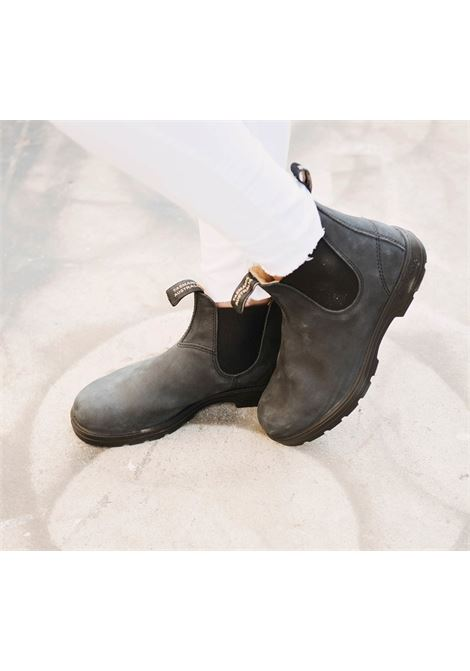 Chelsea boot in black rustic leather BLUNDSTONE | Ankle boots | 587 BC587