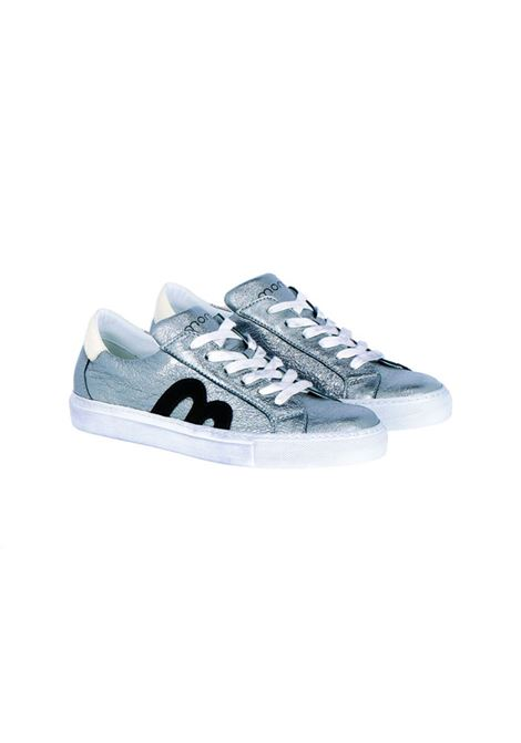 Sneakers in silver leather MOMONI | Sneakers | MOSS0050003