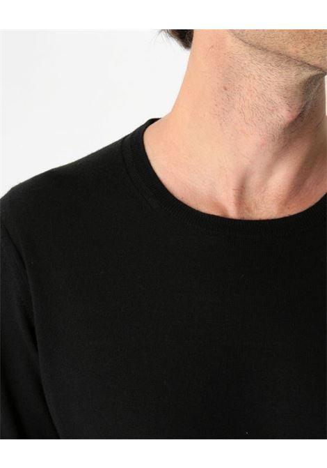 Pullover girocollo nero PAOLO PECORA | Maglieria | A001-F0019000