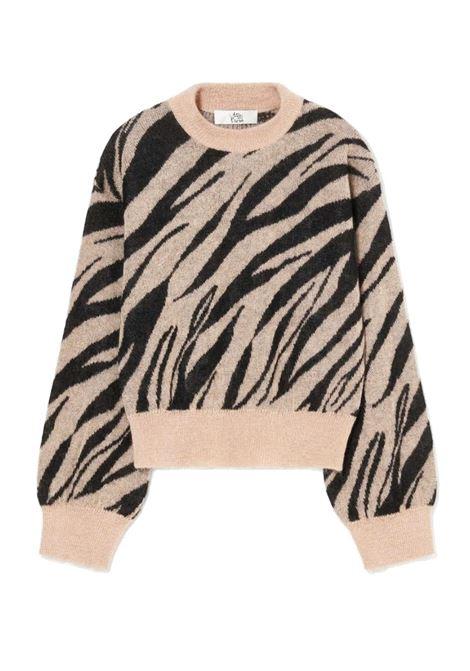 Maglia in jacquard di mohair con disegno zebrato ATTIC AND BARN | Maglieria | ATKN0289041