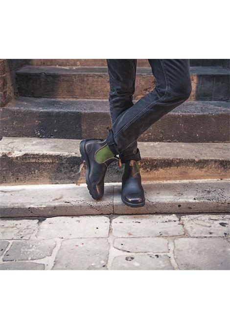 Stivaletto Chelsea in pelle marrone con elastico verde BLUNDSTONE | Stivaletti | 519 BC519