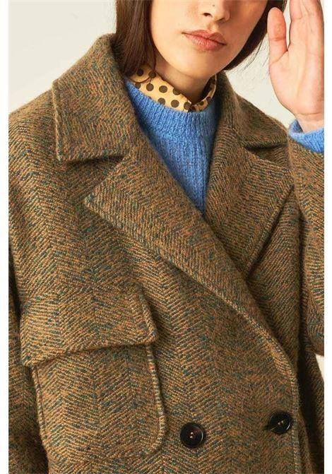 Cappotto doppiopetto in resca di lana bouclè con effetto strappato MOMONI | Cappotti | MOC00066323