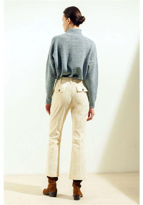Pantalone flare crop in velluto stretch MOMONI | Pantaloni | MOPA0080016