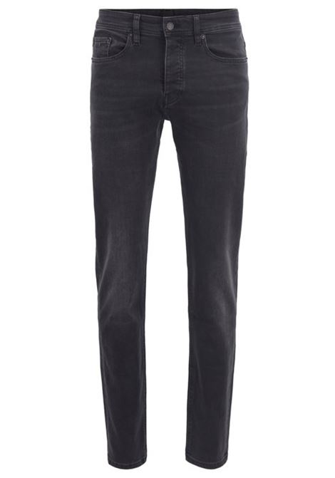 Jeans tapered fit in denim nero lavato super-elasticizzato HUGO BOSS | Jeans | 50389630008