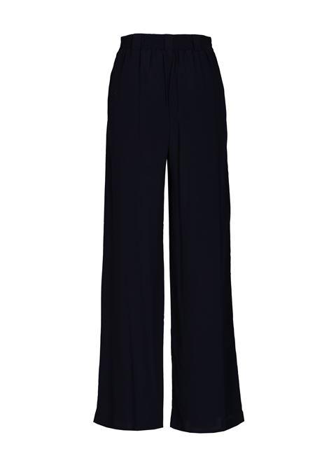 Pantalone modello Lanzarote. MOMONI | Pantaloni | MOPA0030990