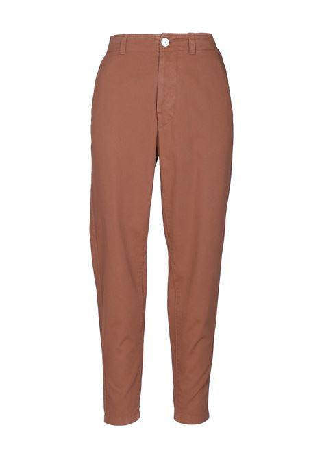 Pantalone modello Closy. MOMONì MOMONI | Pantaloni | MOPA0190640