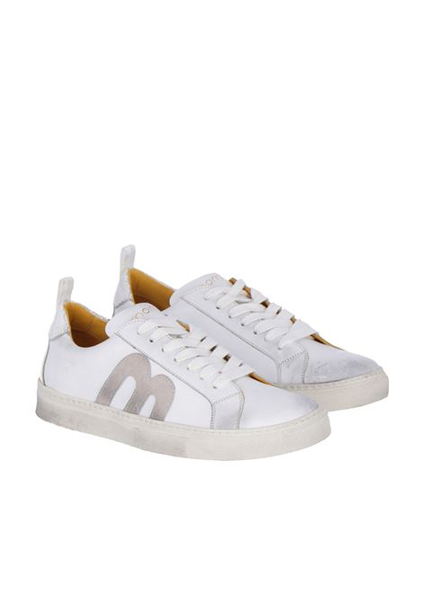 White sneakers in calfskin with colour tone logo MOMONI | Shoes | MOSS009 74MO0016