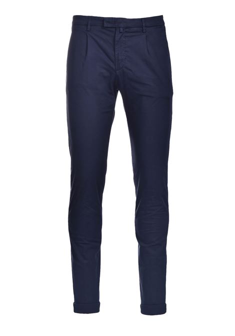Slim fit chino trousers with pleats BRIGLIA | Pants | BG03 32112711