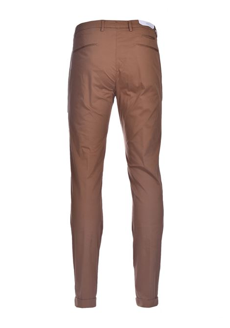 Pantalone chino slim fit con pinces BRIGLIA | Pantaloni | BG07 32112736