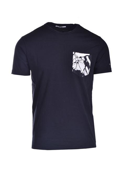 T-shirt  in cotone con taschino fiorito DANIELE ALESSANDRINI | T-shirt | M7483E64341001
