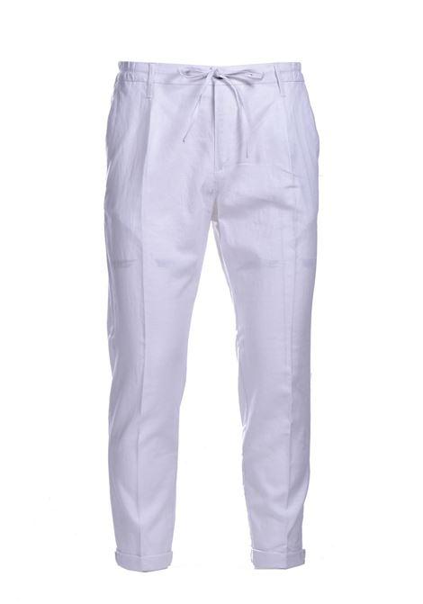 Pantaloni di lino con elastico e risvolto DANIELE ALESSANDRINI | Pantaloni | PM03941022