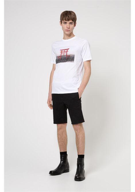 T-shirt slim fit in jersey di cotone con grafica ispirata al tema della collezione HUGO | T-shirt | 50448967100