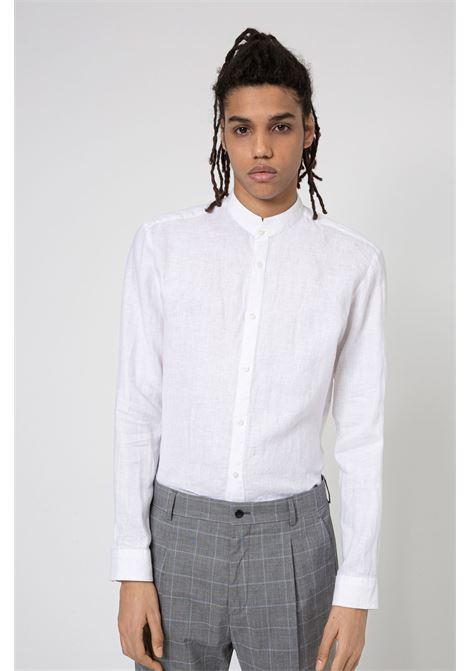 Camicia extra slim fit in lino lavato con colletto coreano HUGO | Camicie | 50450761199