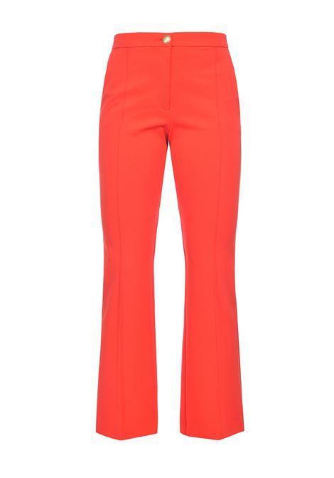 Pantalone classico con bottone oro in tessuto tecnico rosso coller PINKO | Pantaloni | 1G15SC-5872R25